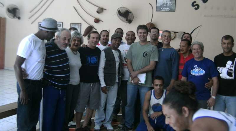 Reunião no Centro Cultural Senzala - Chapéu Mangueira